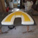 tapicerowane siedzisko w łodzi
